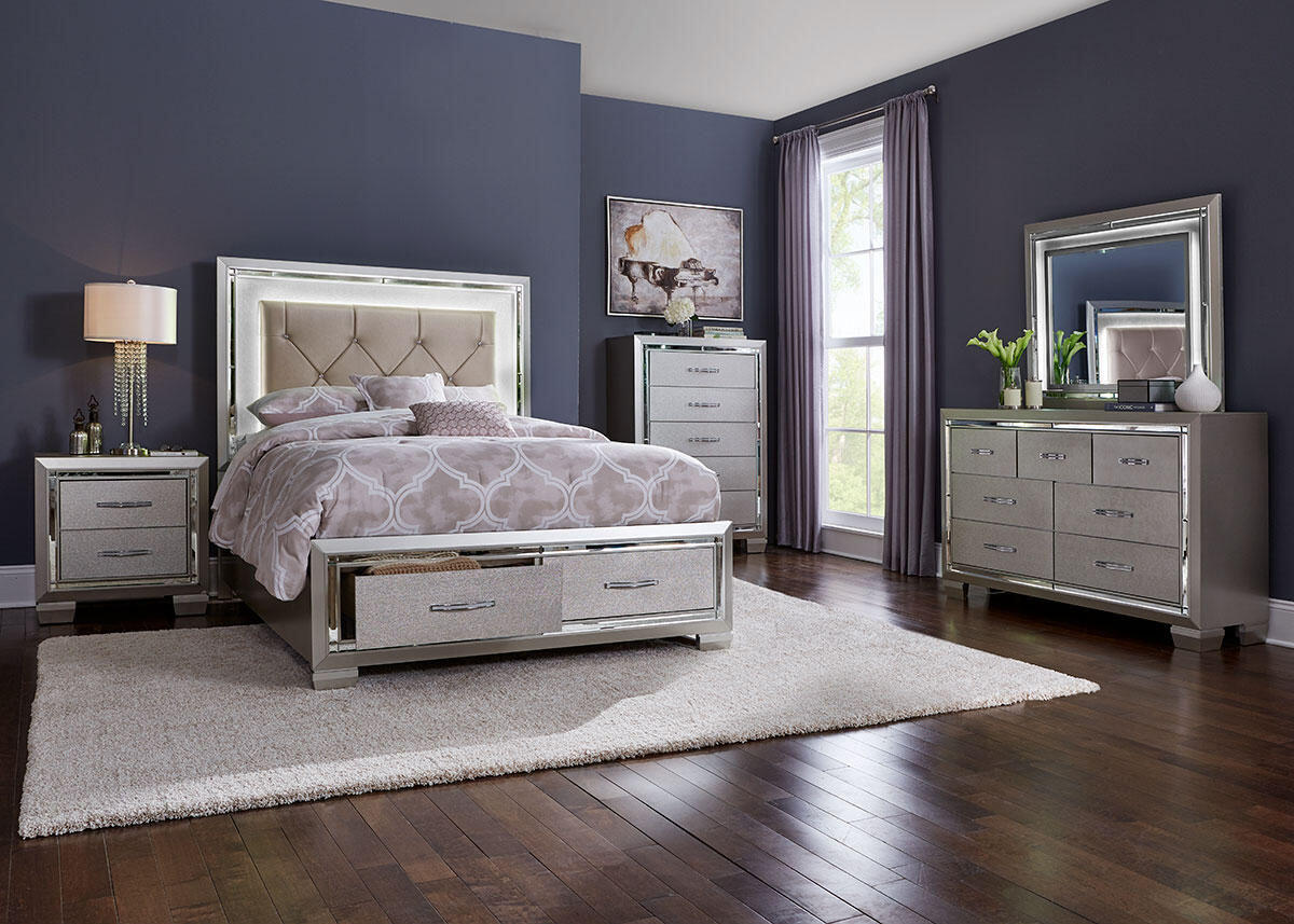 Bari 8 Pc. King Bedroom